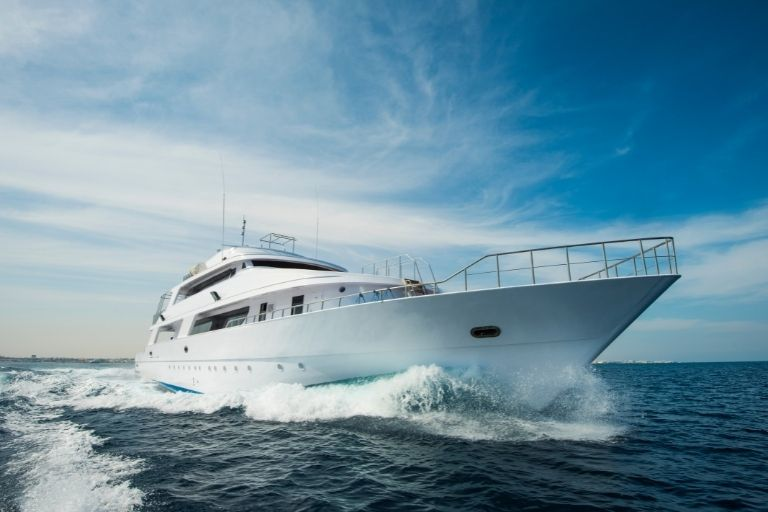 Everything You Ever Wondered About Living on a Boat_WhereYouMakeIt
