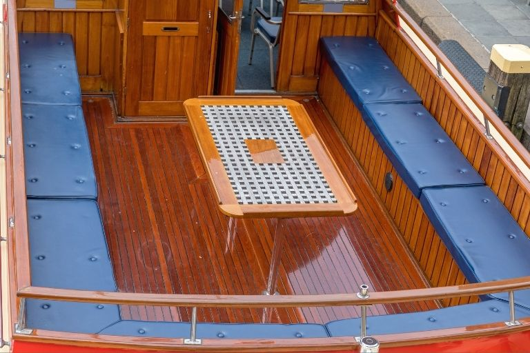 Removing Mildew from Boat Seats_Where you make it