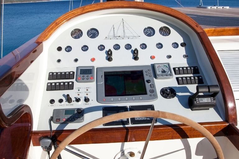 Sailboat Chartplotters Compared_Where you make it